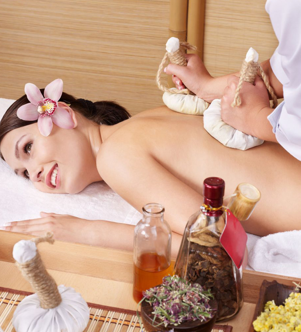 Herbal Bol Massage